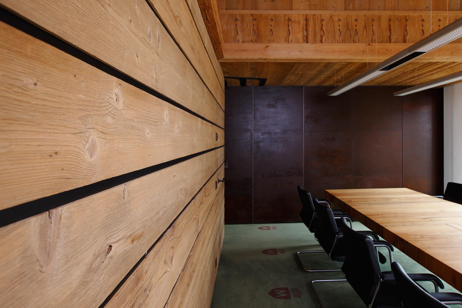 Wide plank oak flooring interior design for home remodeling modern