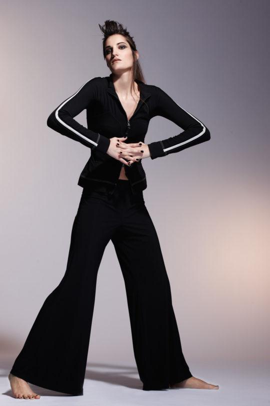 fotografie mode fashion avantgarde chic crazy female studio editorial catalouge