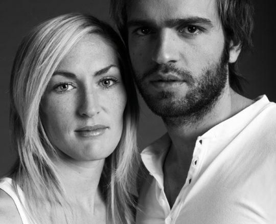 peoplefotografie people portrait portraitfotografie Fotograf Freiburg story blackwhite schwarzweissfotografie couples paare Andreas Gerhardt Photographer